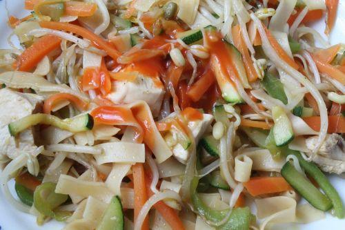 vegetable noodles eat dine