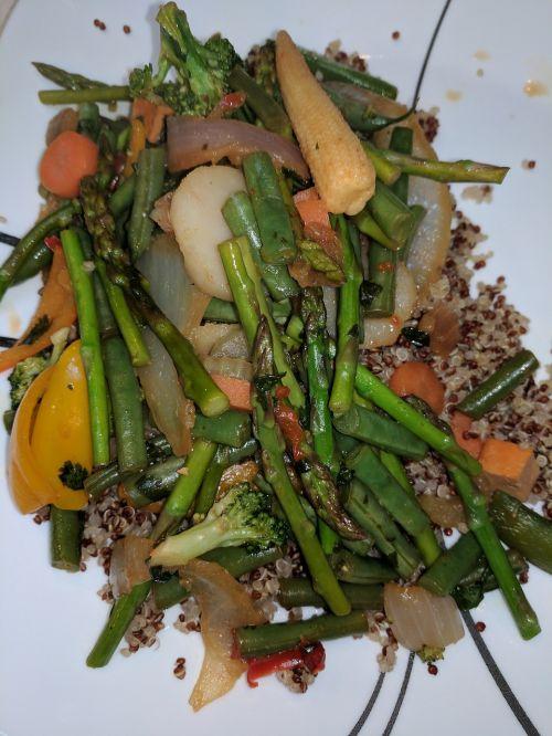 vegetables stir-fry quinoa