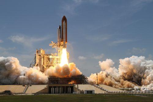 erdvė & nbsp, pervežimas, atlantis, paleisti & nbsp, svetainę, raketa, erdvėlaivis, erdvė & nbsp, orlaivis, Ugnis, NASA, pakelti & nbsp, išjungta, dūmai, astronautai, erdvė, kelionė, tyrinėti, nuotykis, galingas, Atlantis paleidimas į kosmosą