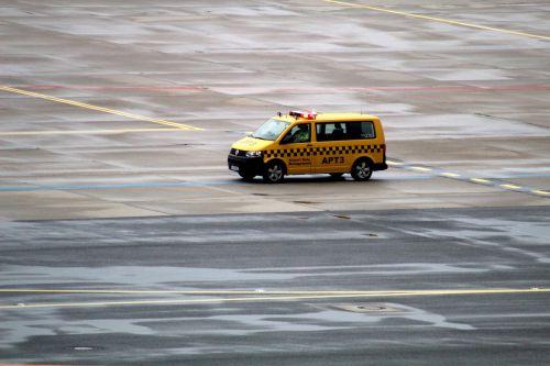 vehicle runway airport