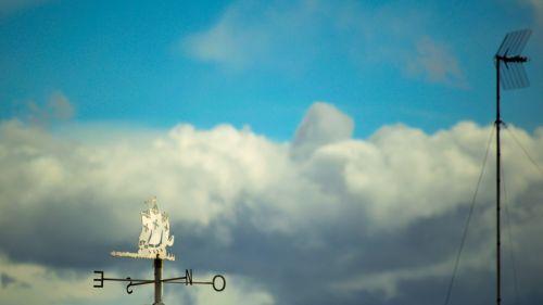 Vane Sailing Among The Clouds