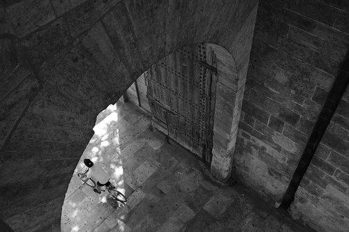 velo driver  city gate  torres de serranos