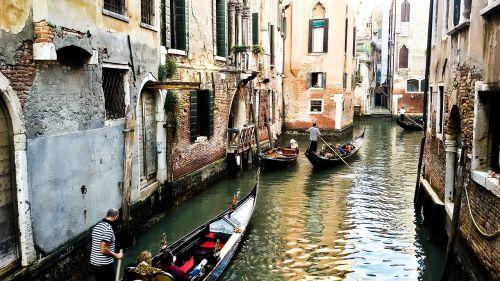 venetian,italy,valtis,mėlynas,senas,miesto panorama,griuvėsiai,jūrų,on,venetian square,valtys,kraštovaizdis,žmogus,miestas,paminklas,kvadratas,architektūra,vittorio paminklas,Vatikanas