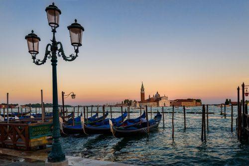 venice gondola sunset