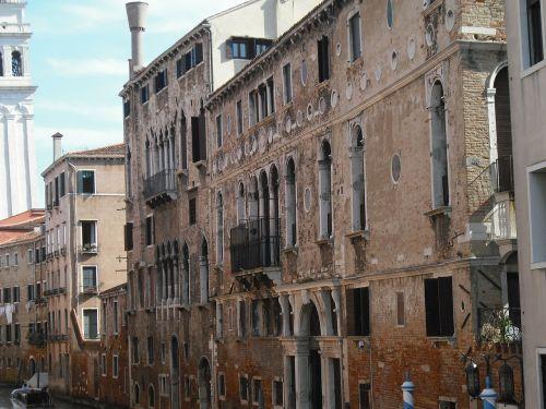 venice facades architecture