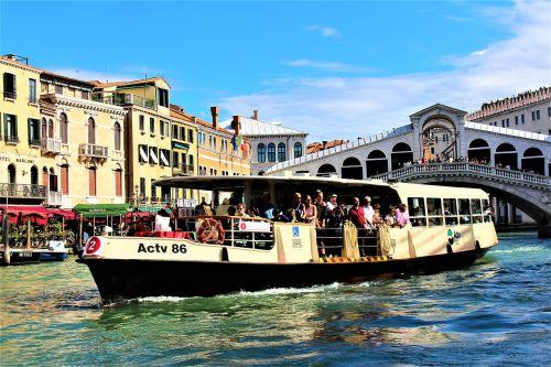 venice bussbåt passenger boat