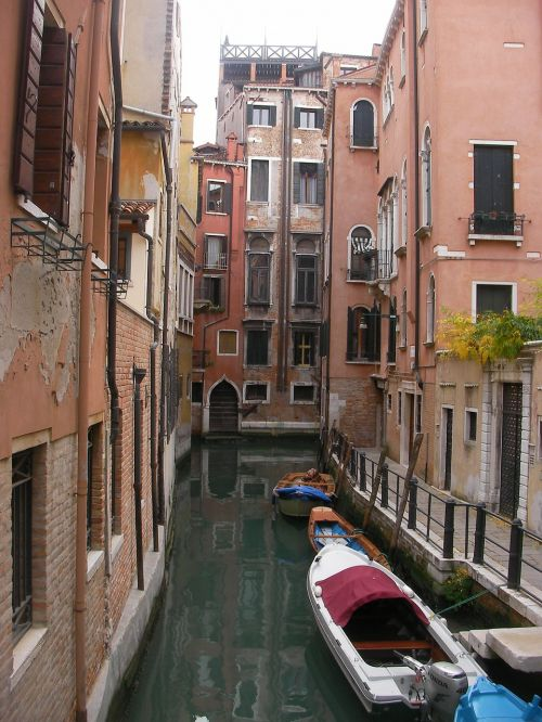 venice italy buildings