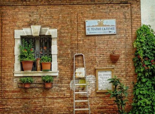 venice  hauswand  italian