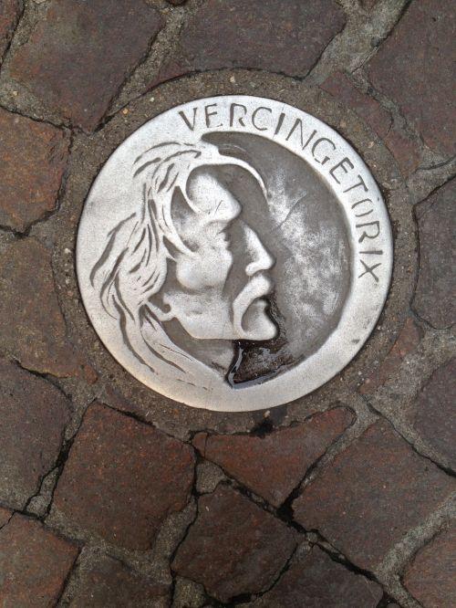 vercingetorix clermont-ferrand medaillon