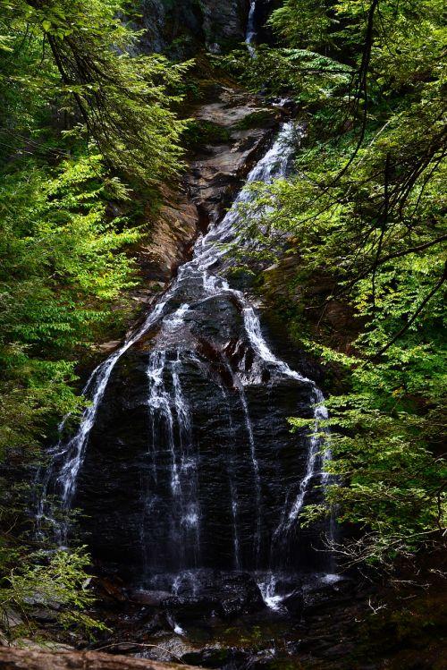 vermont waterfall stowe