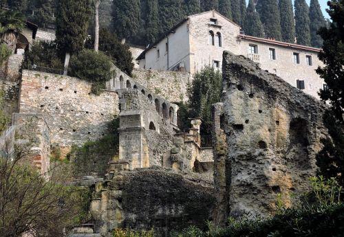 verona roman theatre remains