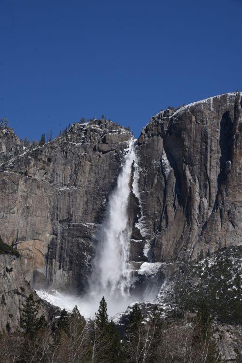 Vertical View Bridalveil Falls