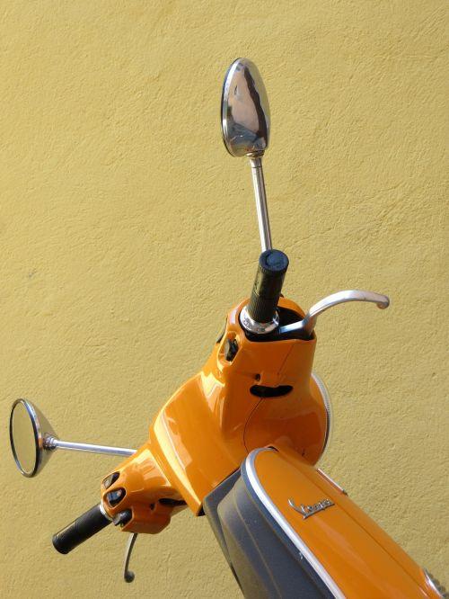 vespa orange roller