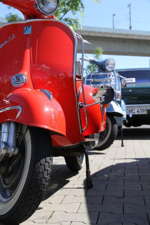 vespa motorcycle motorcycles