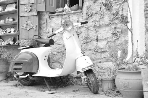 vespa motorcycle greece