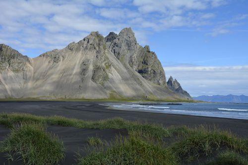 vestrahorn mountain black beach stokksnes
