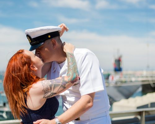 kiss kissing veterans