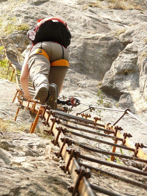 via dell'amicizia climbing platform system climbing