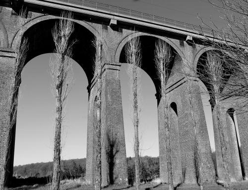 viaduct black bridge