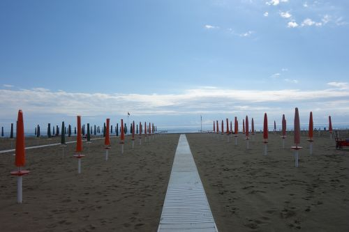viareggio italy beach