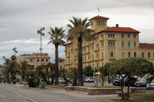viareggio italy coast