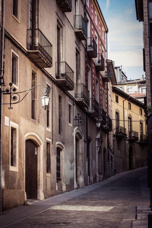 vic barcelona streets