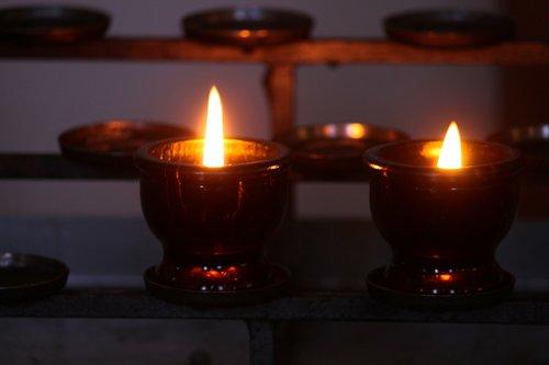 victim candles  memorial candles  shining