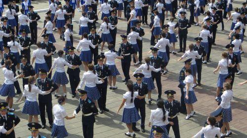victory waltz dance students