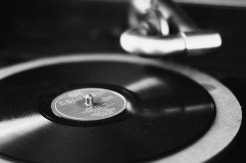 victrola antique music
