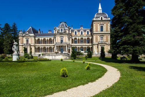 vienna hermes villa castle