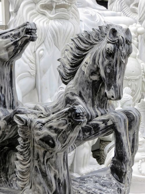 viet nam marble statues
