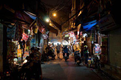 vietnam street hanoi