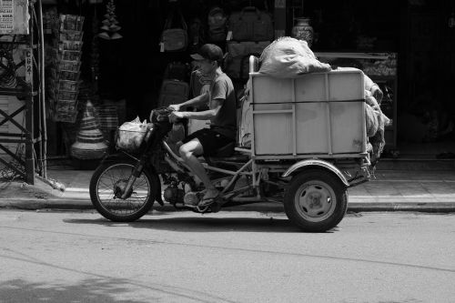 vietnam moped transport