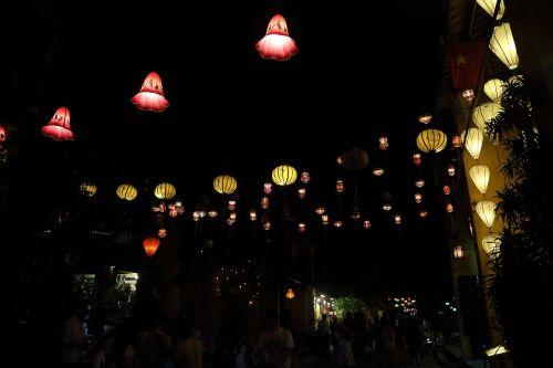 vietnam nightlife hoi an