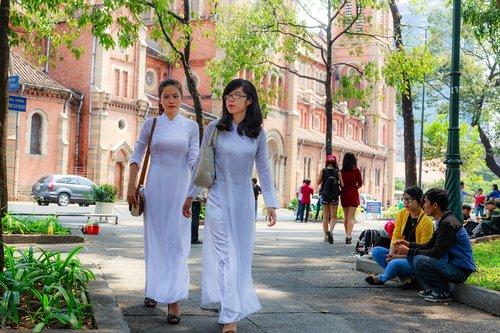 vietnam  long coat  page