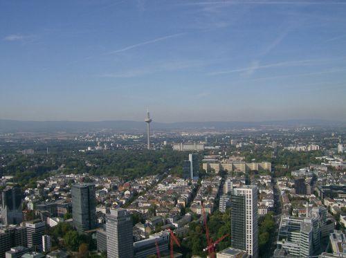view frankfurt skyscraper
