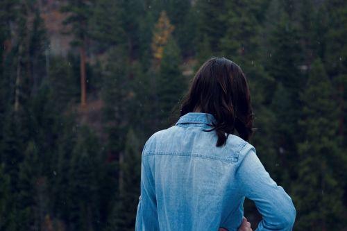 woman girl viewing