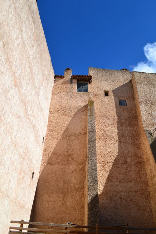 beautiful house,south of france,ochre-coloured,blue sky,beautiful contrasts,shadows