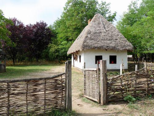 village house folk architect