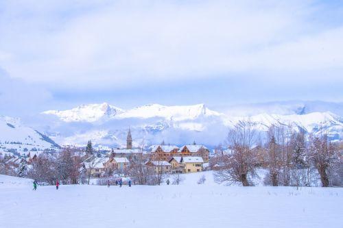 village ancelle hautes alpes