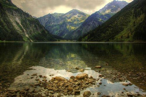 vilsalpsee  allgäu  bergsee
