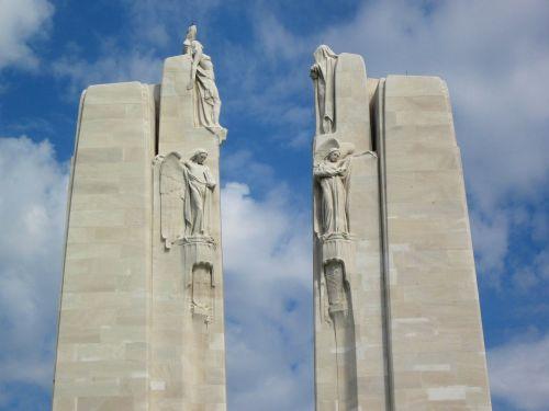 vimy monument pylons chorus