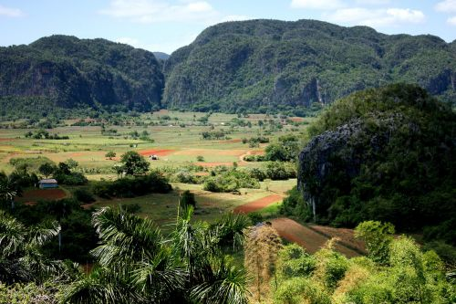 viñales valley cuba landscape