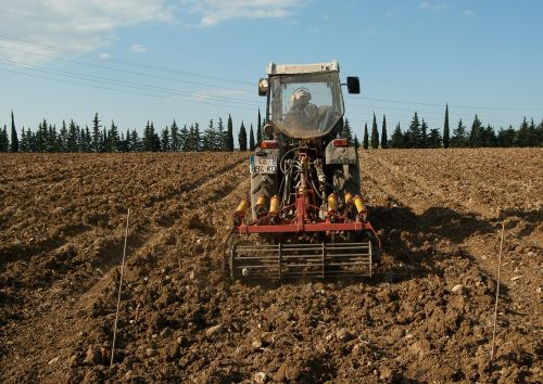vine tractor agricultural machinery