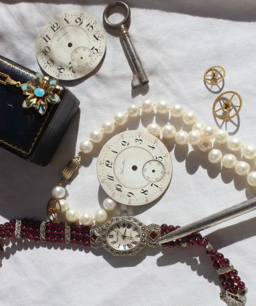 vintage watch jewelry
