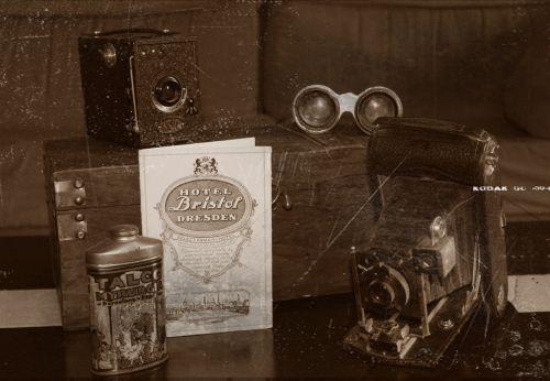vintage cameras antiques
