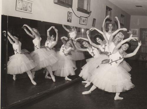vintage retro ballet