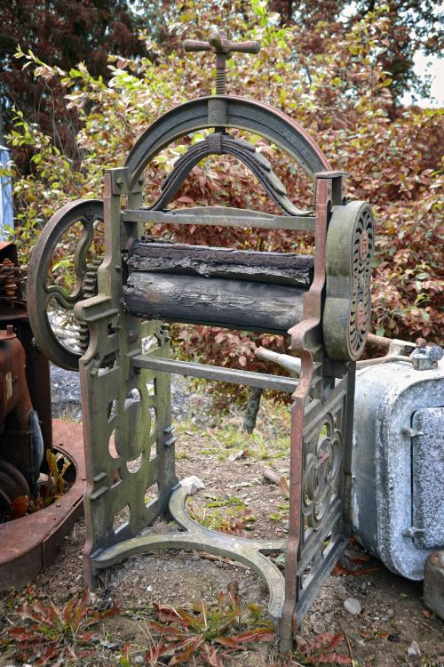 vintage washing mangle