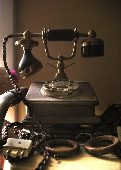 vintage  telephone  communication