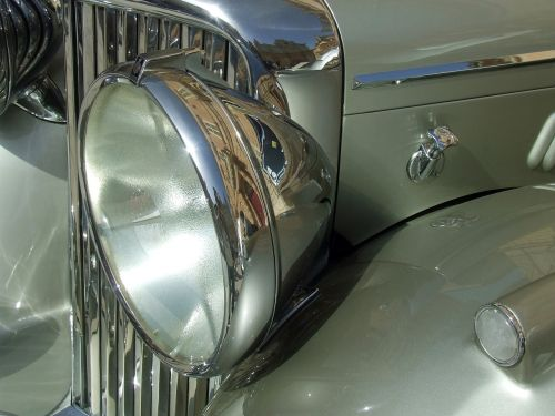 vintage car old timer chrome grill